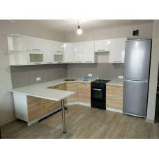 Кухня OLI 2,45*2,35м
